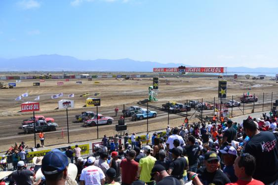 Fans were packing in early on for the first race of the weekend. The stands were looking filled before qualifying even began! When it was finally time for racing, the entire crowd was at their feet for the rest of the day.