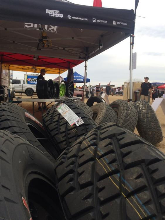 The Jeepspeed booth had a crew mounting General Grabbers on KMCs for everyone who wanted to try a set this past weekend at the Tierra del Sol event.